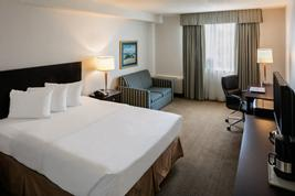 Quality Hotel & Suites Montreal East  | Anjou | Photo Gallery - 8