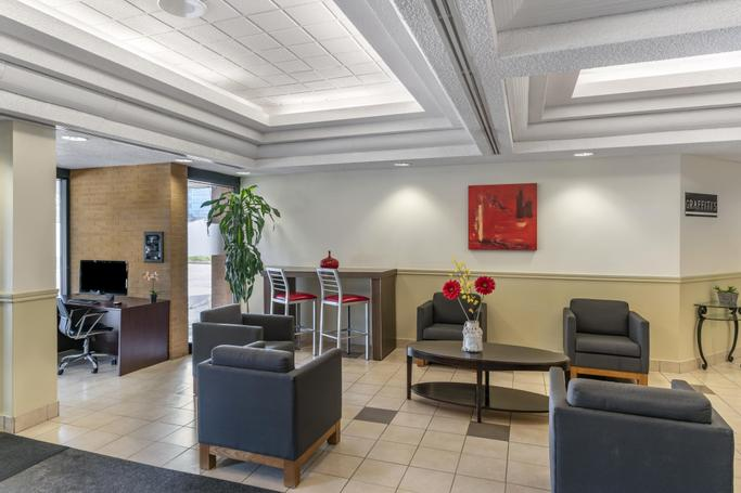 Quality Hotel & Suites Montreal East  | Anjou | Photo Gallery - 3