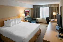 Quality Hotel & Suites Montreal East  | Anjou | Photo Gallery - 10